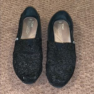 Toms. Size 9